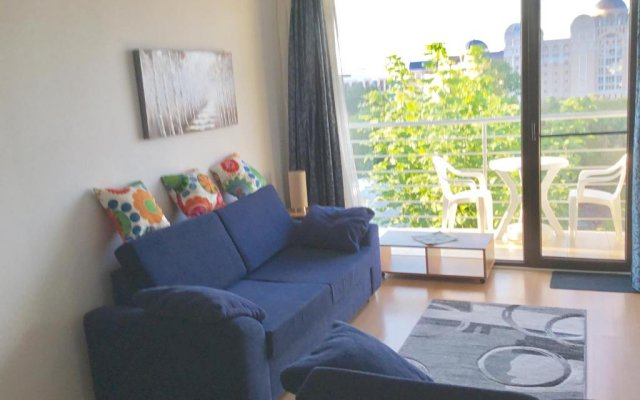 Апартаменты Sea View Apartment in New Line Village Свети Влас комната для гостей