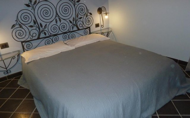 Отель Casa Orefici Генуя комната для гостей
