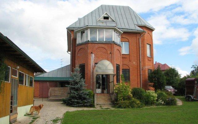 Гостиница Happy Horse вид на фасад