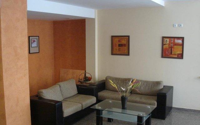 Отель SB Rentals in Sea Regal Солнечный берег комната для гостей