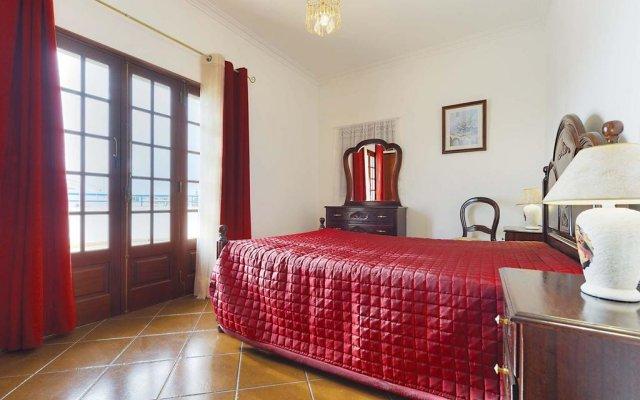 Отель Vivenda Dois Pinheiros комната для гостей