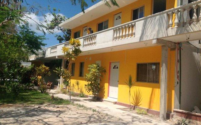Отель Mansion Giahn Bed & Breakfast Мексика, Канкун - отзывы, цены и фото номеров - забронировать отель Mansion Giahn Bed & Breakfast онлайн вид на фасад