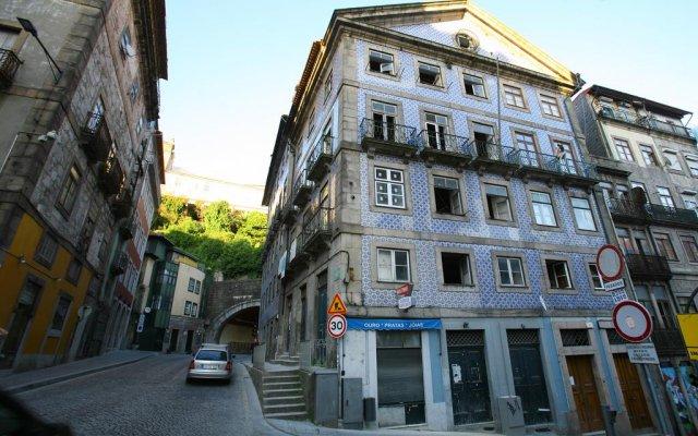 Отель Feel Porto Ribeira Vintage Duplex вид на фасад