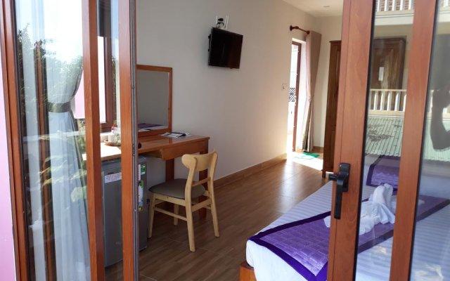 Отель Guesthouse - Tri House комната для гостей