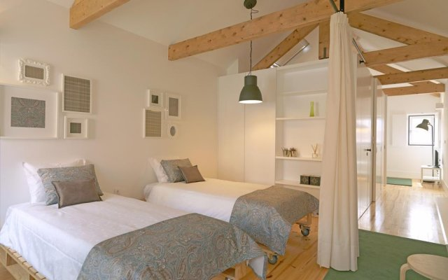 Отель Feels Like Home Porto Modern Rooftop комната для гостей