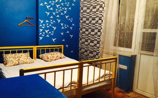 Отель Zebra Hostel & Tours Армения, Ереван - отзывы, цены и фото номеров - забронировать отель Zebra Hostel & Tours онлайн комната для гостей