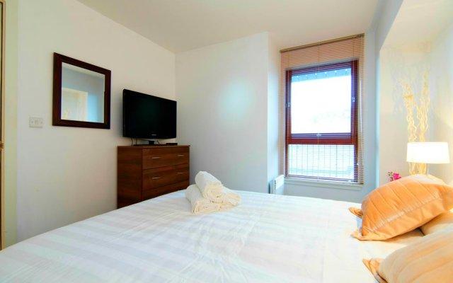 Апартаменты Mitchell Street Glasgow Apartment комната для гостей