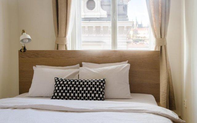 Отель JustPrague Apartment - Castle view Чехия, Прага - отзывы, цены и фото номеров - забронировать отель JustPrague Apartment - Castle view онлайн комната для гостей