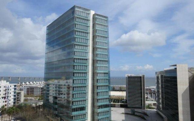 Апартаменты Apartments Lisboa - Parque das Nacoes вид на фасад
