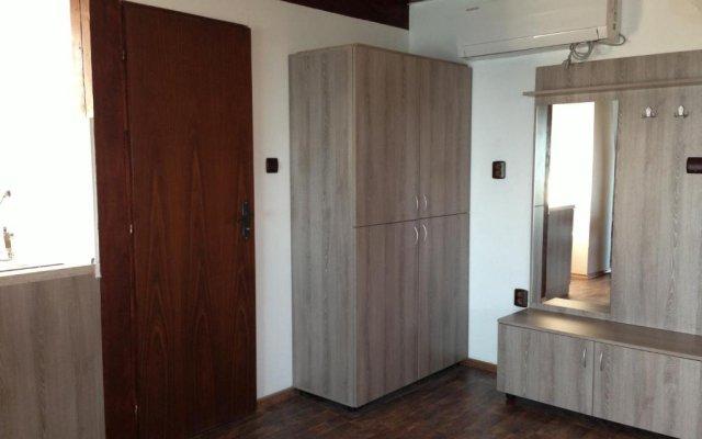 Отель Dacha Apartment Болгария, Генерал-Кантраджиево - отзывы, цены и фото номеров - забронировать отель Dacha Apartment онлайн комната для гостей