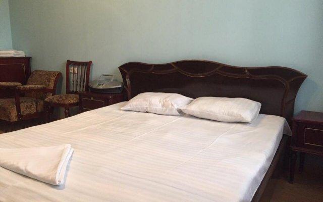 Апартаменты FlatsInYerevan - Apartments on Tpagrichner Street комната для гостей