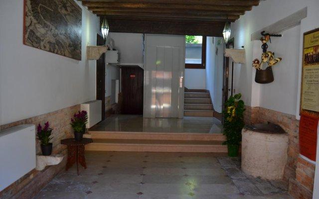 Отель Suite in Venice Ai Carmini вид на фасад