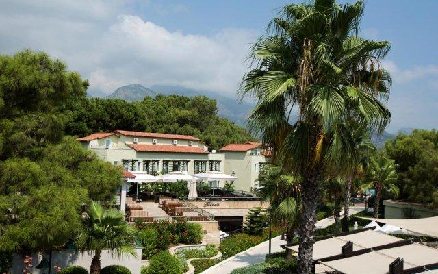 Отель Crystal Flora Beach Resort – All Inclusive вид на фасад