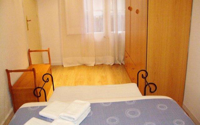 Отель Ramblas Suites Барселона комната для гостей