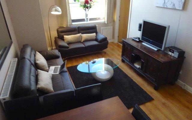 Отель Terracotta - Glasgow City Centre Apartment Великобритания, Глазго - отзывы, цены и фото номеров - забронировать отель Terracotta - Glasgow City Centre Apartment онлайн комната для гостей