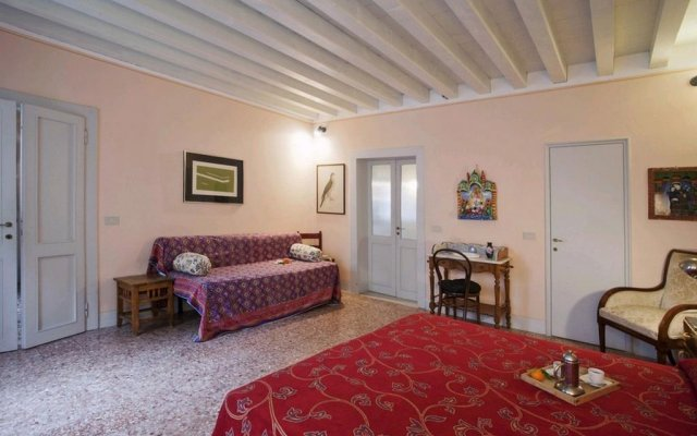 Отель Locappart Santa Croce Италия, Венеция - отзывы, цены и фото номеров - забронировать отель Locappart Santa Croce онлайн комната для гостей