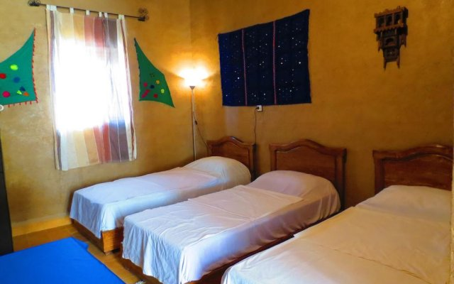 Отель Merzouga Riad and Bivouac Excursion Марокко, Мерзуга - отзывы, цены и фото номеров - забронировать отель Merzouga Riad and Bivouac Excursion онлайн комната для гостей