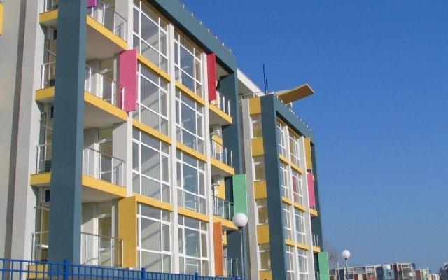 Апартаменты Bulgarienhus Sun City 3 Apartments Солнечный берег вид на фасад