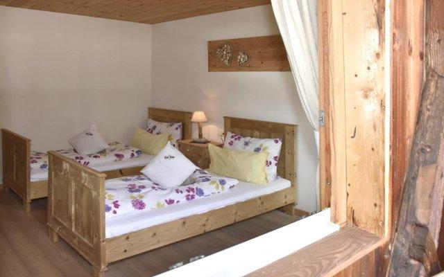 Отель Ferienhaus Bad Stube **** Сарентино комната для гостей