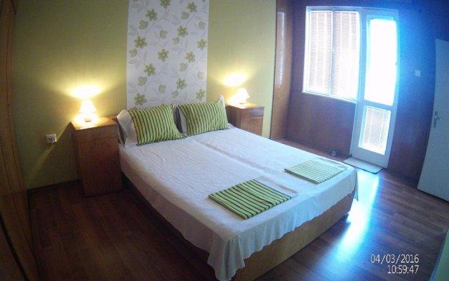 Отель Danis FeWo House Болгария, Балчик - отзывы, цены и фото номеров - забронировать отель Danis FeWo House онлайн комната для гостей