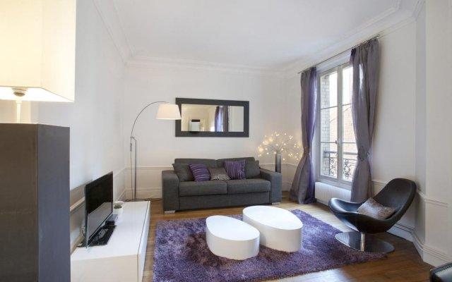 Fabre Apartment