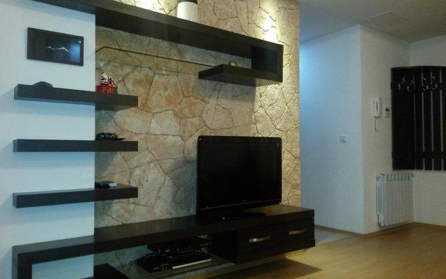 Отель Rent in Yerevan - Buzand Apartment Армения, Ереван - отзывы, цены и фото номеров - забронировать отель Rent in Yerevan - Buzand Apartment онлайн комната для гостей
