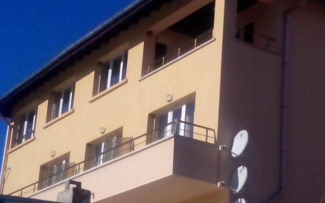 Konyarskata Kashta Hotel вид на фасад