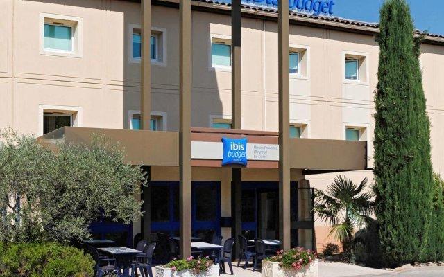 Отель ibis budget Aix en Provence Est Le Canet вид на фасад
