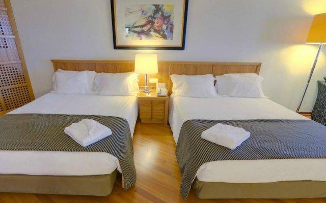 Отель Radisson Blu Hotel Португалия, Лиссабон - 10 отзывов об отеле, цены и фото номеров - забронировать отель Radisson Blu Hotel онлайн сейф в номере