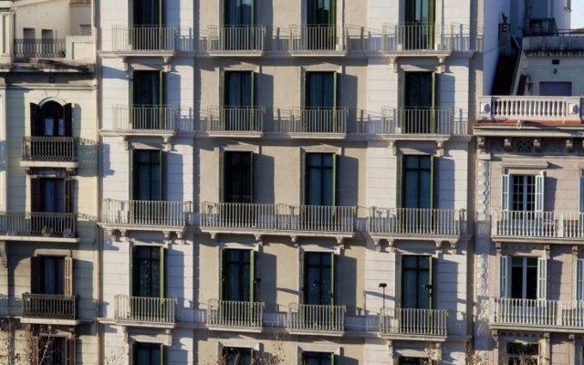 Отель Majestic Residence вид на фасад
