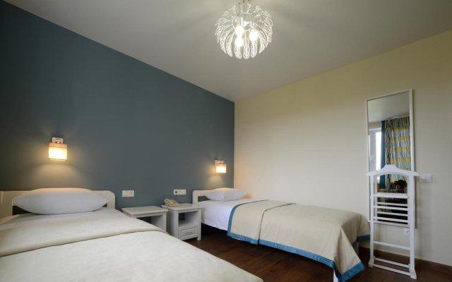 Гостиница Мини-отель Евразия в Кемерово 1 отзыв об отеле, цены и фото номеров - забронировать гостиницу Мини-отель Евразия онлайн комната для гостей