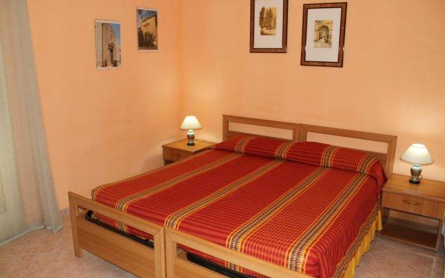 Отель B&B Garden House Поццалло комната для гостей