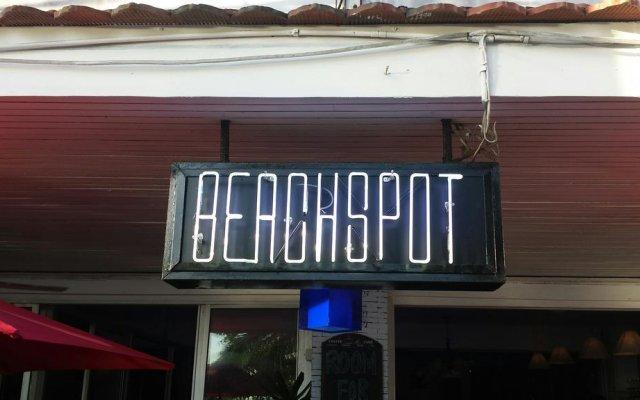 Отель Beachspot вид на фасад