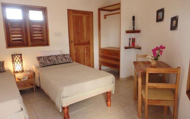 Отель Kudehya Guesthouse Ямайка, Треже-Бич - отзывы, цены и фото номеров - забронировать отель Kudehya Guesthouse онлайн комната для гостей