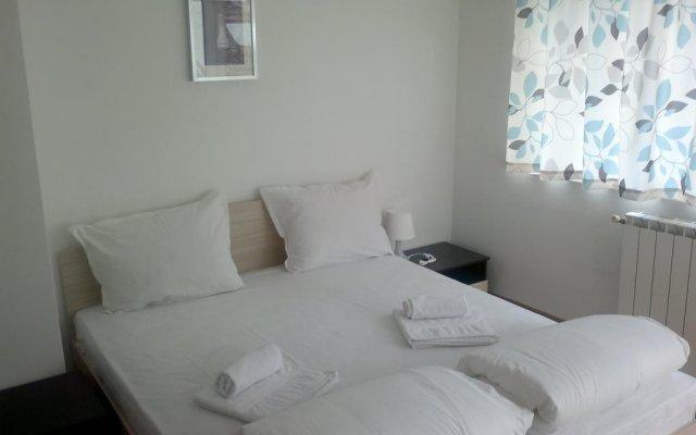 Отель Nevski Apartment Болгария, София - отзывы, цены и фото номеров - забронировать отель Nevski Apartment онлайн комната для гостей