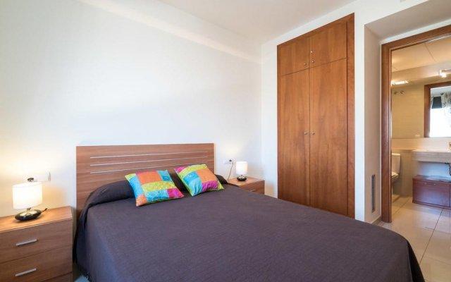 Отель Mil.leni Ii 3171 Курорт Росес комната для гостей