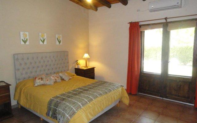 Отель Chalet Ailinco Сан-Рафаэль комната для гостей