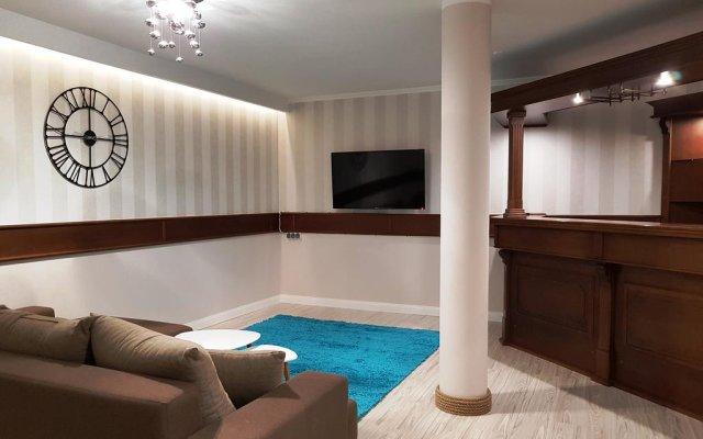Отель Apartamenty Velvet Косцелиско комната для гостей