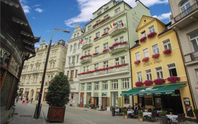 Spa Hotel Purkyně вид на фасад