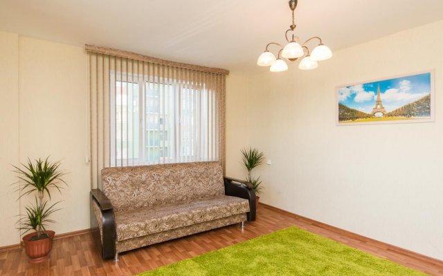 Апартаменты Премио Апартаменты в 7 Sky комната для гостей
