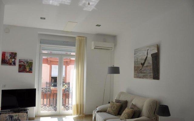Апартаменты Valencia City Center New Apartments Валенсия комната для гостей