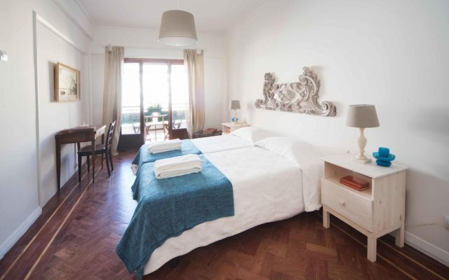Отель Flower Court - Guest House комната для гостей