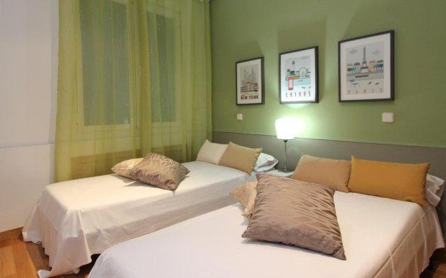 Отель Apartamento Aida Deco Испания, Мадрид - отзывы, цены и фото номеров - забронировать отель Apartamento Aida Deco онлайн комната для гостей