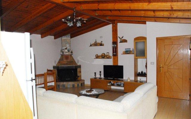 Guest house Vila Mucho 1