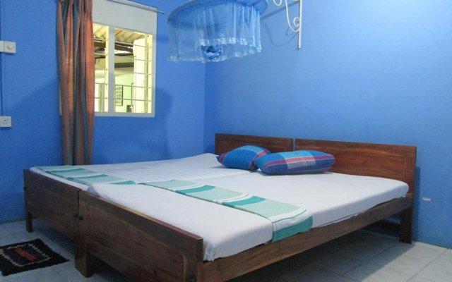 Отель Levi's Tourist – Anuradhapura комната для гостей