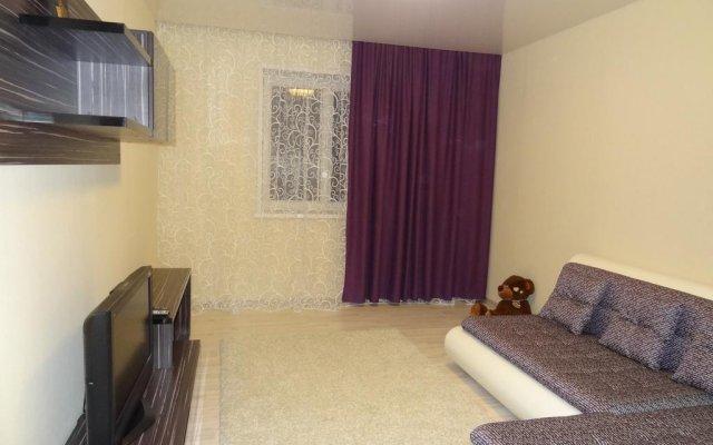 Апартаменты Apartment on Aviatorov 23 Красноярск комната для гостей
