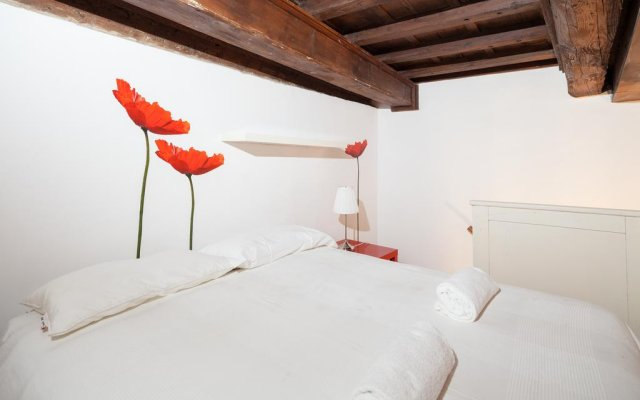 Отель Lambertesca Loft Флоренция комната для гостей