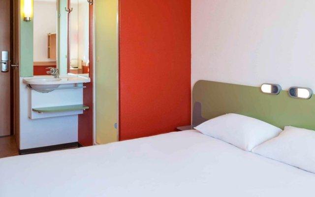 Отель Ibis Budget Lyon Centre - Gare Part Dieu Франция, Лион - отзывы, цены и фото номеров - забронировать отель Ibis Budget Lyon Centre - Gare Part Dieu онлайн комната для гостей