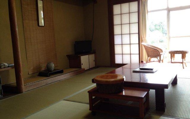 Hotel Sanokaku Минамиогуни комната для гостей