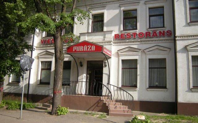 Отель Mirāža вид на фасад